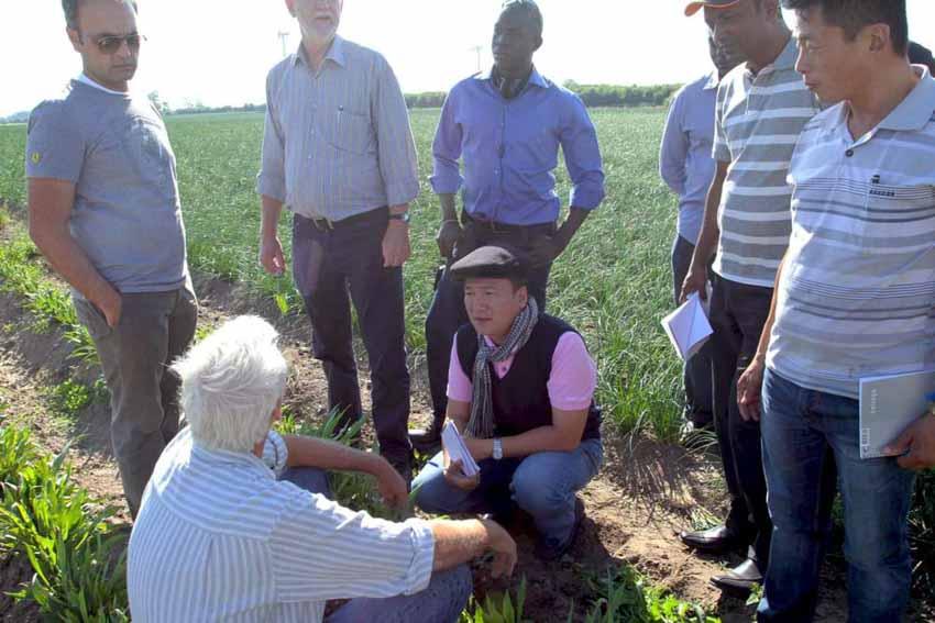 Hành trình làm doanh nhân của một nông dân - 4