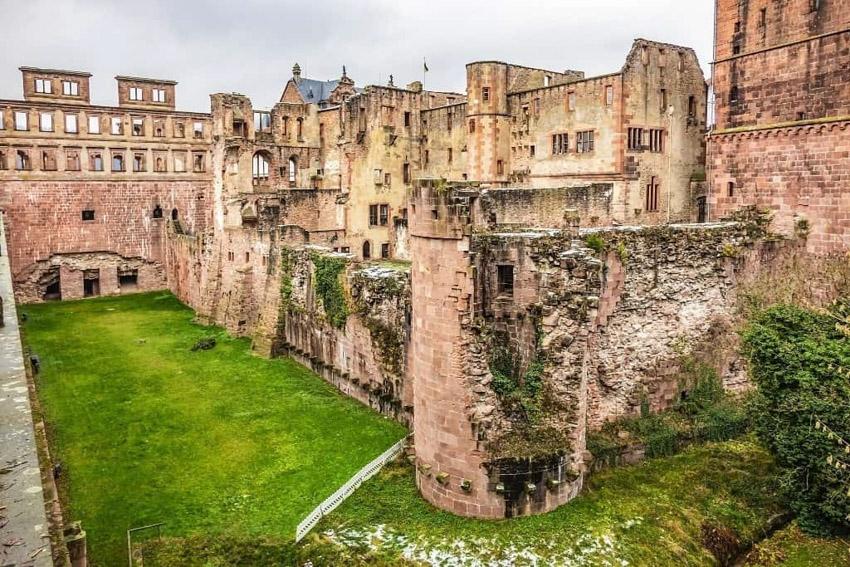 Ngỡ ngàng trước lâu đài cổ Heidelberg ở Đức - 2