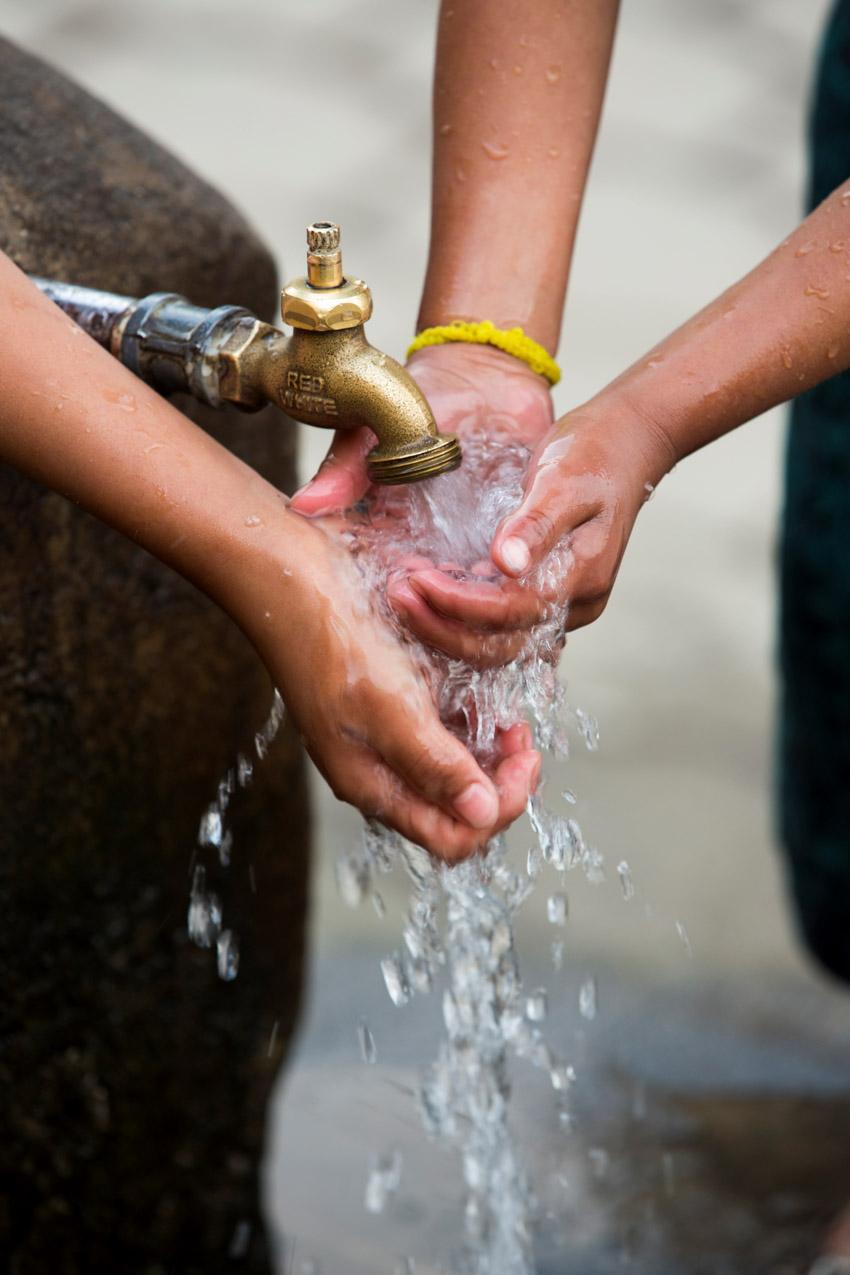 Dự án cung cấp nước sạch là một trong những lĩnh vực trọng tâm của Câu lạc bộ