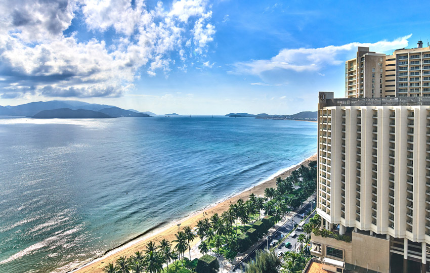 """Sheraton Nha Trang Hotel & Spa được bình chọn là """"Khách sạn được yêu thích nhất năm 2021"""""""