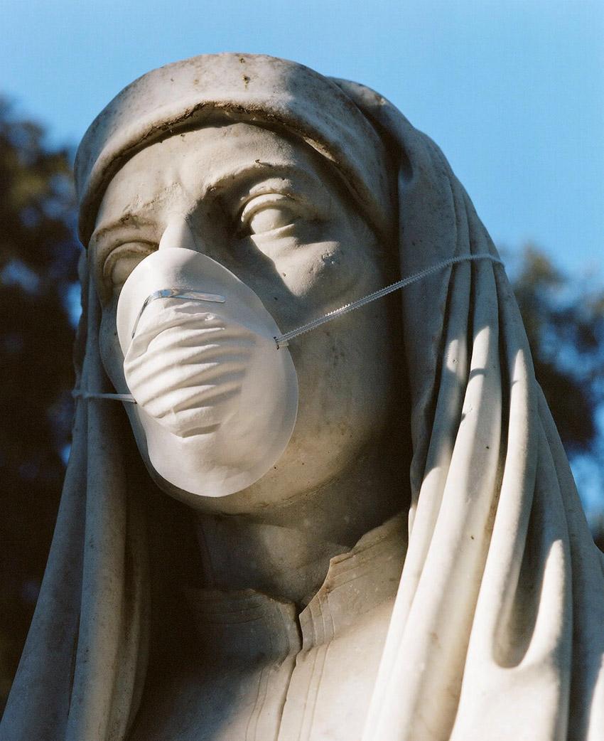 Nghệ sĩ người Ý Federico Pestilli quay về quá khứ lẫy lừng của đất nước mình để tìm niềm vui