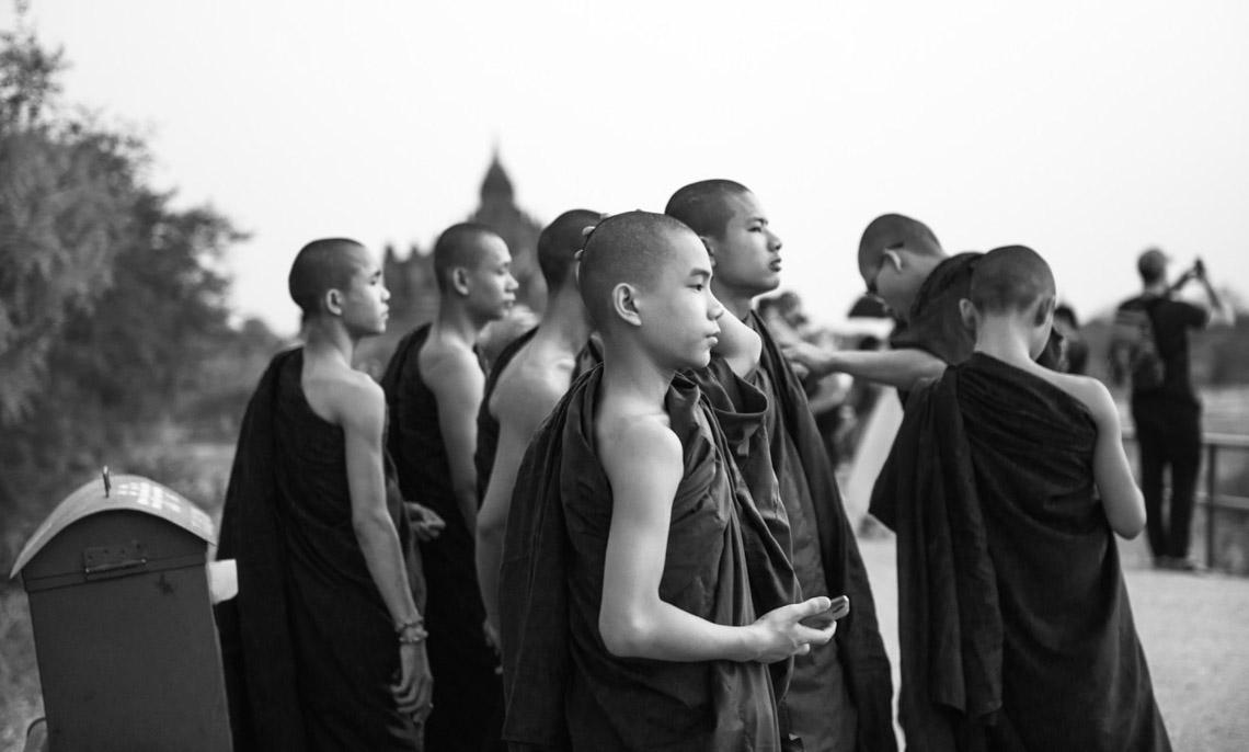 Myanmar in monochrome của nhiếp ảnh gia Patrick Hamilton - 2