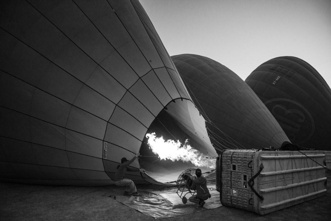 Myanmar in monochrome của nhiếp ảnh gia Patrick Hamilton - 4