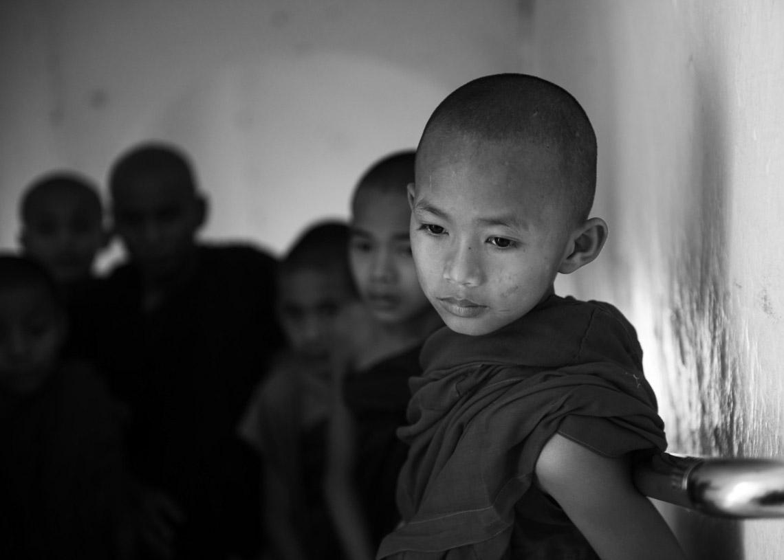 Myanmar in monochrome của nhiếp ảnh gia Patrick Hamilton - 6