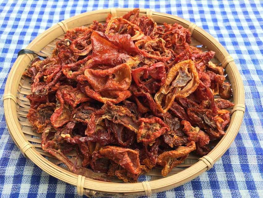Món độc lạ: 'Pizza Việt Nam' làm từ khô... cà chua - 1
