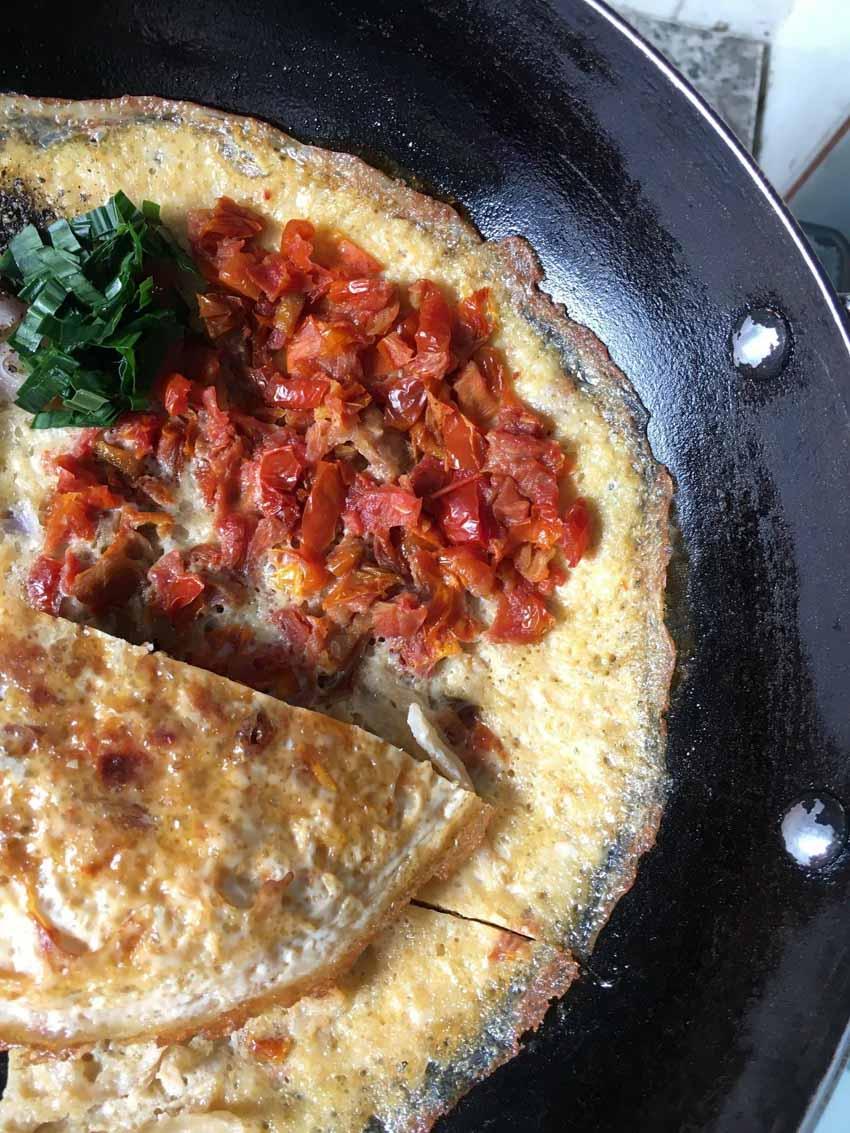 Món độc lạ: 'Pizza Việt Nam' làm từ khô... cà chua - 4