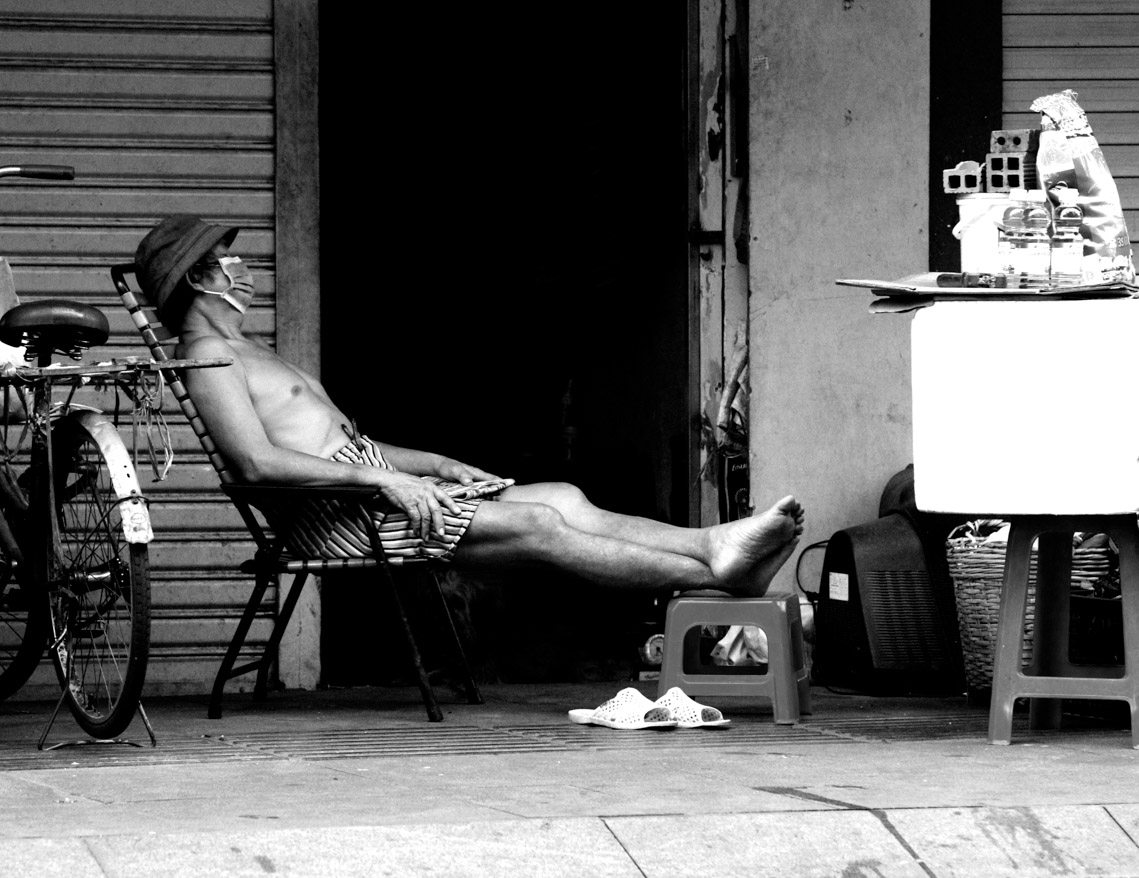 Những mãnh đời trong mùa giãn cách…