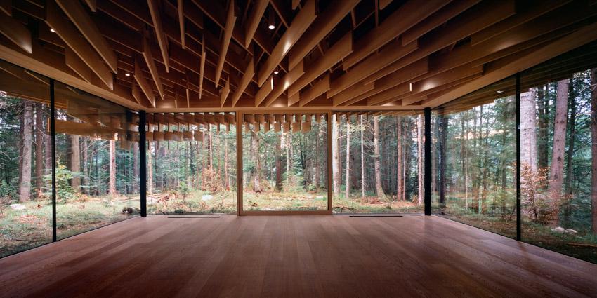21 tác phẩm điêu khắc KTS Kengo Kuma sử dụng vật liệu hòa quyện vào thiên nhiên và văn hóa