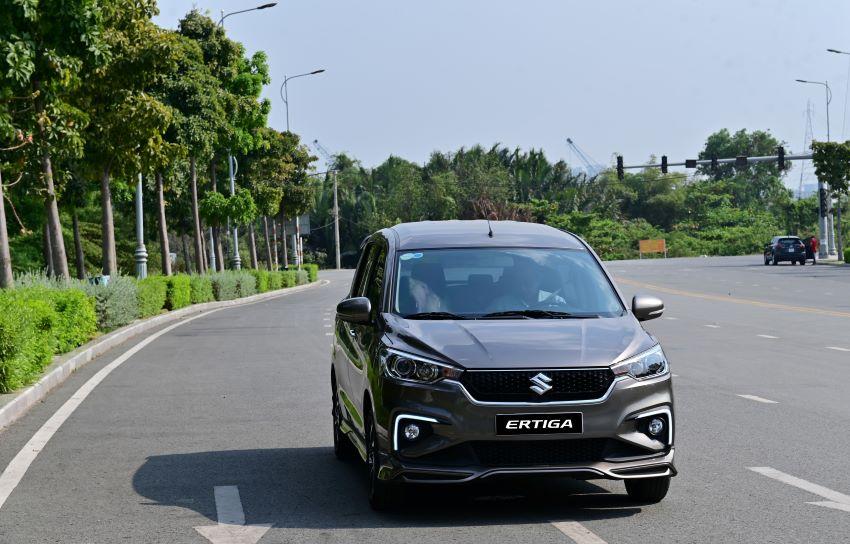 Suzuki Ertiga 7 chỗ