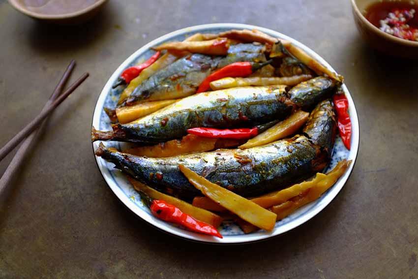 Cá nục, cá cơm, cá thác lác... rim - kho - làm chả không chán mỗi ngày - 4